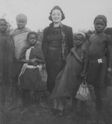 Molly Picon and Children in South Africa, 1937