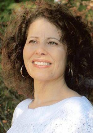 Leslea Newman | Jewish Women's Archive